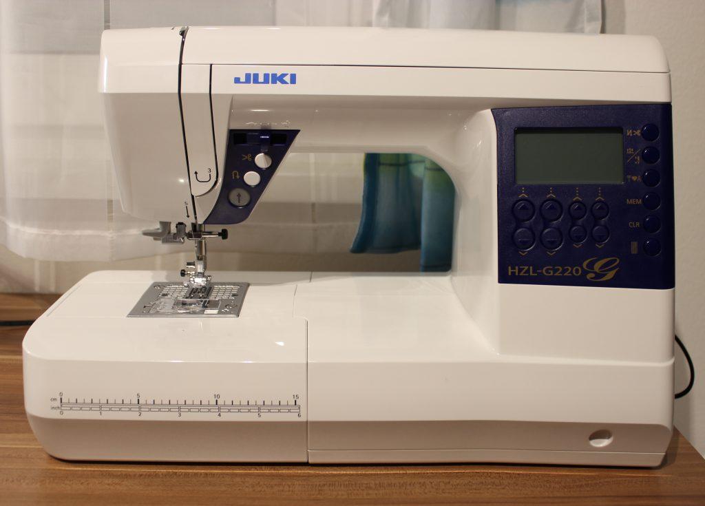 Juki-naehmaschinentest-HZLG220-Frontansicht