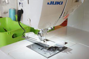 Juki-naehmaschinentest-DX3-Knopflochfuss