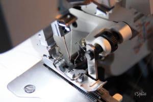 Juki-overlock-mo-114D-Obermesser-detail