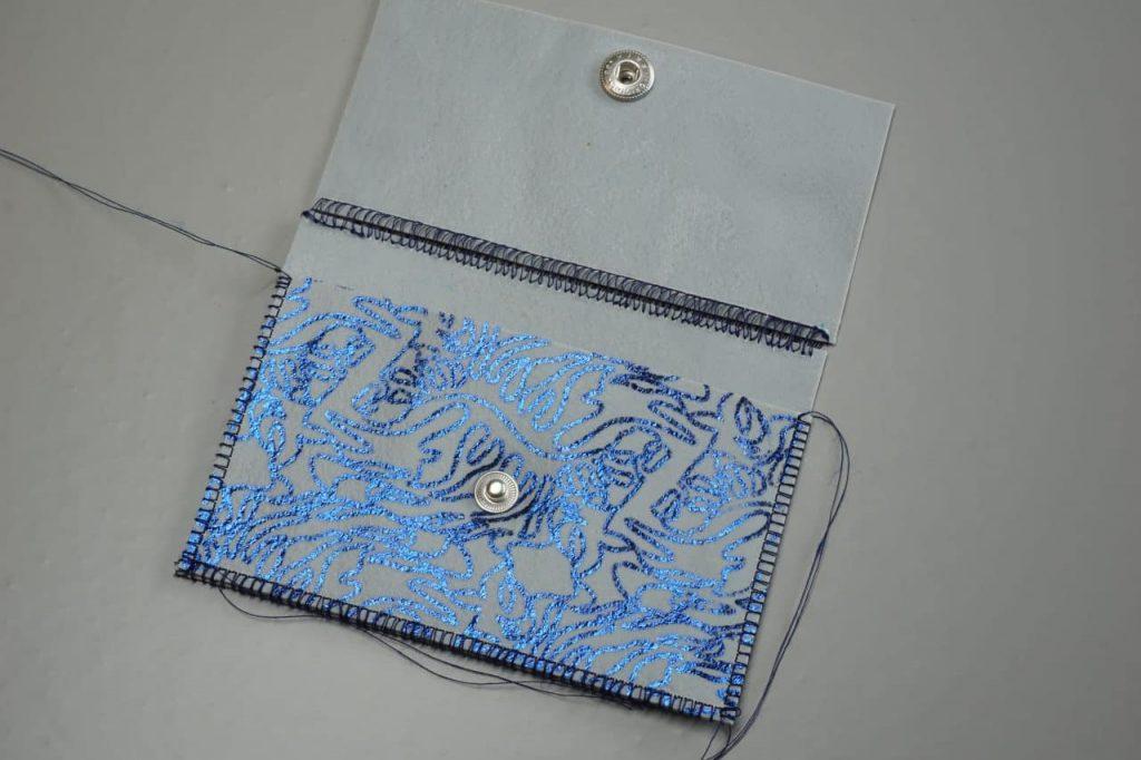 Tutorial Umschlagtasche Fimo Leather Effect Foil Quill Hohlsaumvorrichtung (10)