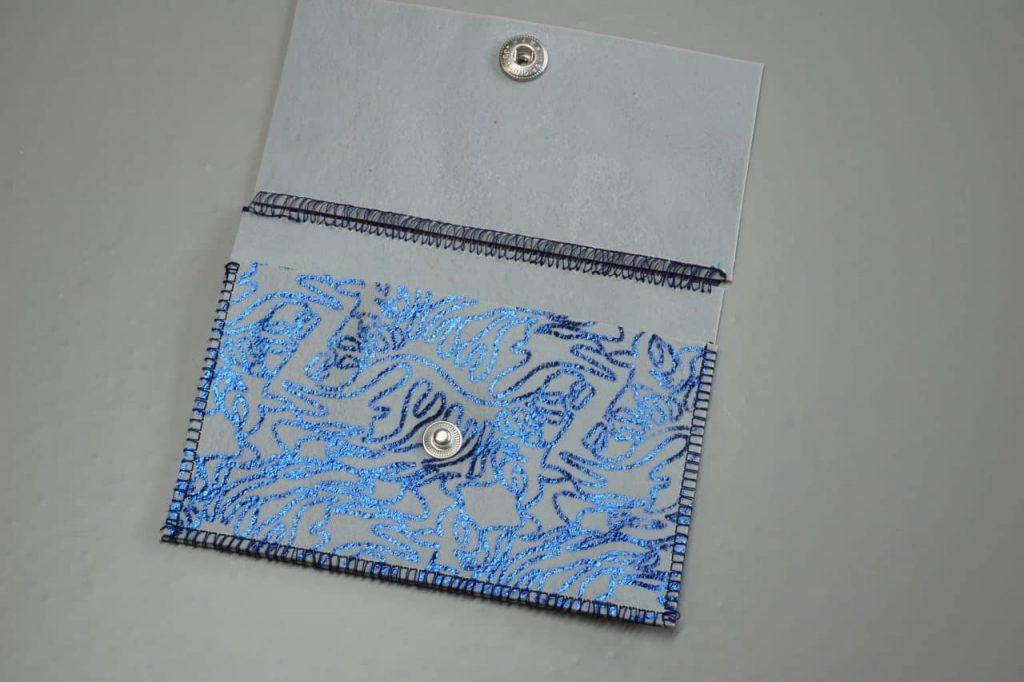 Tutorial Umschlagtasche Fimo Leather Effect Foil Quill Hohlsaumvorrichtung (11)