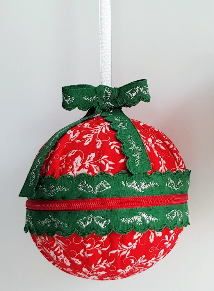 Weihnachtskugel mit Reißverschluss