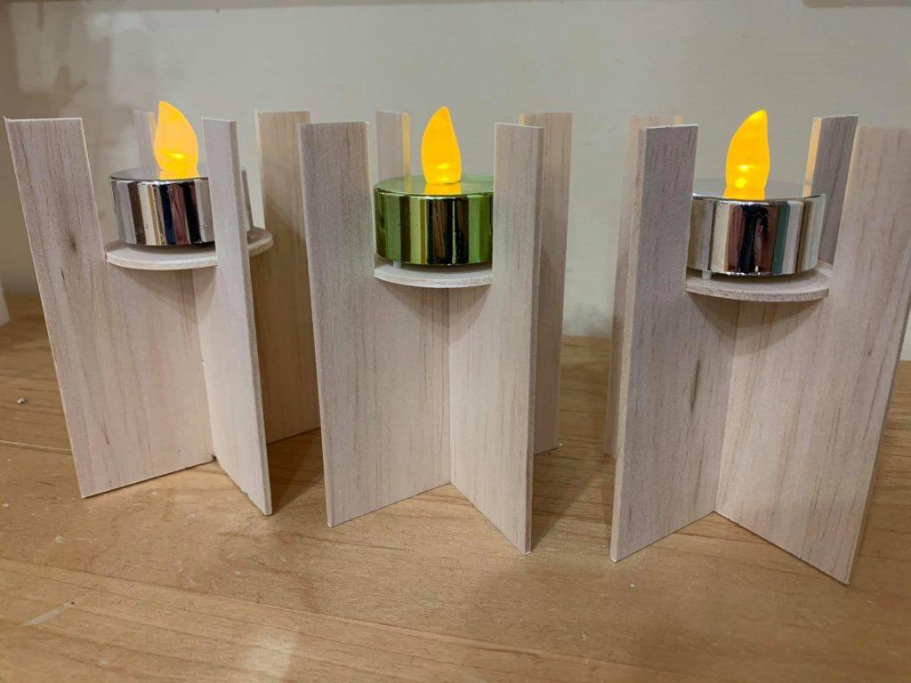 Teelichthalter Design Space Balsaholz