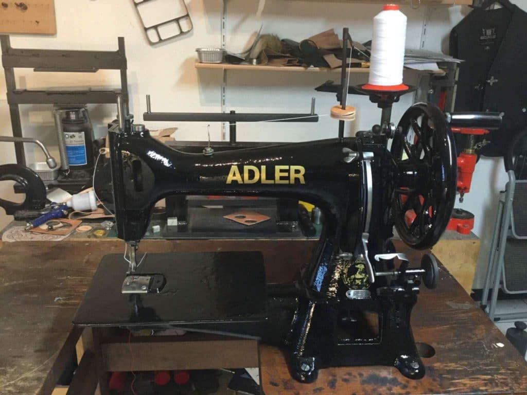 Adler Nähmaschine