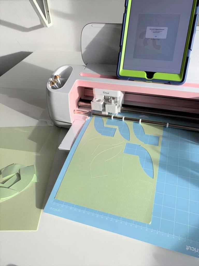 Cricut Maker Papier schneiden