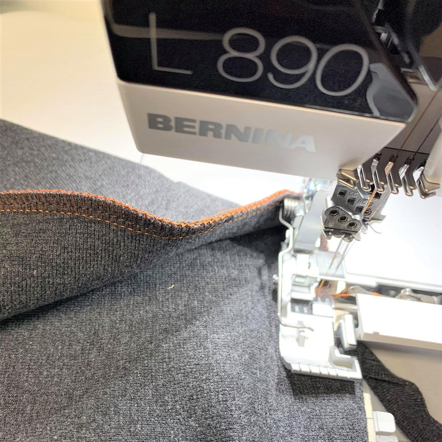 Die BERNINA L890 im Test bei der Redaktion – Erster Eindruck